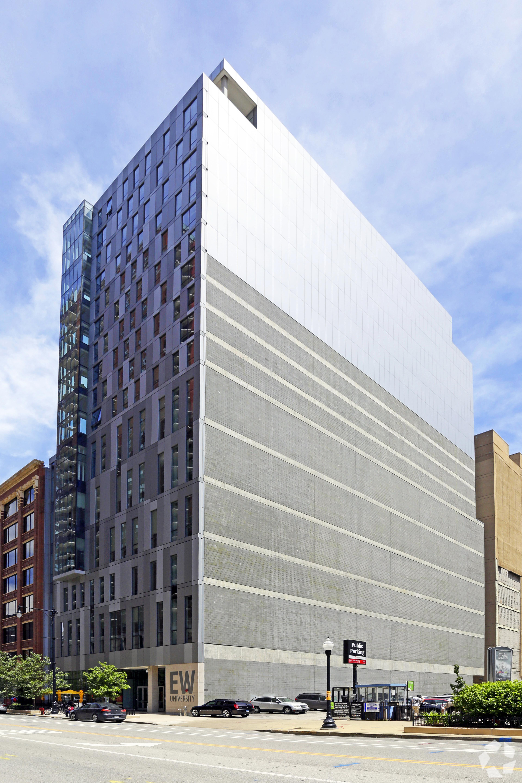 829 S Wabash building picture